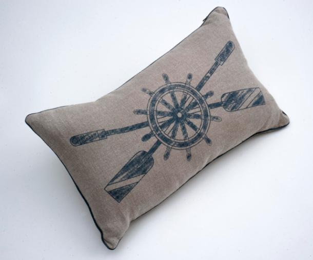 NEW BEACH ROAD - Belgian linen featherdown scatter cushion [printed oars]- 3